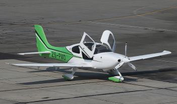 Cirrus SR20 and Cirrus SR22 planes